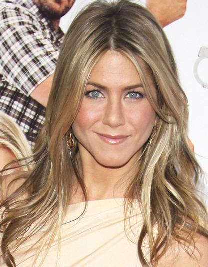 Jennifer Aniston Long Layered Hairstyles - Popular Haircuts intended for Jennifer Aniston Long Hairstyles