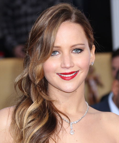 Jennifer Lawrence Casual Long Wavy Hairstyle for Jennifer Lawrence Long Hairstyles