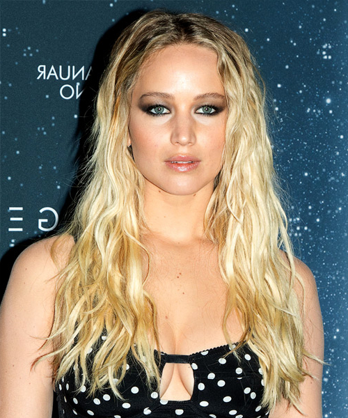 Jennifer Lawrence Casual Long Wavy Hairstyle - Light Blonde Hair Color for Jennifer Lawrence Long Hairstyles