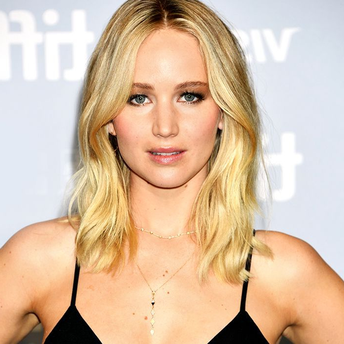 Jennifer Lawrence's Best Hairstyles throughout Jennifer Lawrence Long Hairstyles