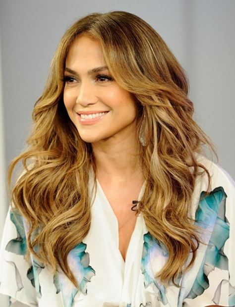 Jennifer Lopez Long Hairstyles: Center Parted Wavy Hair – Popular Throughout Long Hairstyles Centre Parting (View 6 of 25)