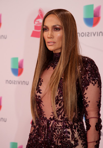 Jennifer Lopez Long Straight Cut - Jennifer Lopez Long Hairstyles in Long Hairstyles Jennifer Lopez