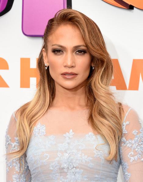 Jennifer Lopez Long Wavy Cut – Jennifer Lopez Long Hairstyles Looks With Regard To Long Hairstyles Jennifer Lopez (View 22 of 25)