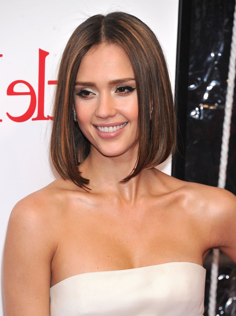 Jessica Alba Hair Color And Best Hairstyles   Popsugar Beauty Throughout Jessica Alba Long Hairstyles (View 15 of 25)