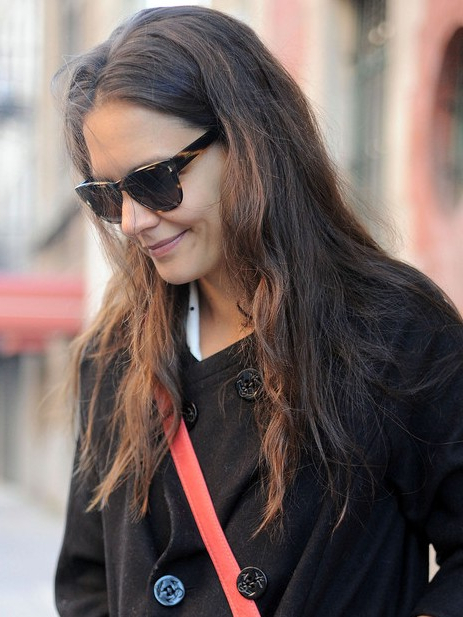 Katie Holmes Casual Long Hairstyles For Fine Hair – Popular Haircuts For Katie Holmes Long Hairstyles (View 13 of 25)