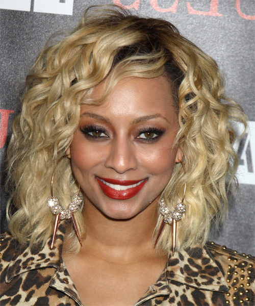 Keri Hilson Formal Medium Wavy Hairstyle – Blonde Hair Color Intended For Keri Hilson Long Hairstyles (View 16 of 25)