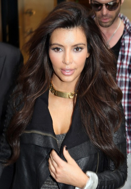 Kim Kardashian Long Hairstyle With Loose Weaves – Hairstyles Weekly Within Kim Kardashian Long Hairstyles (View 19 of 25)