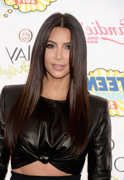 Kim Kardashian Long Straight Cut – Kim Kardashian Long Hairstyles In Kim Kardashian Long Hairstyles (View 22 of 25)