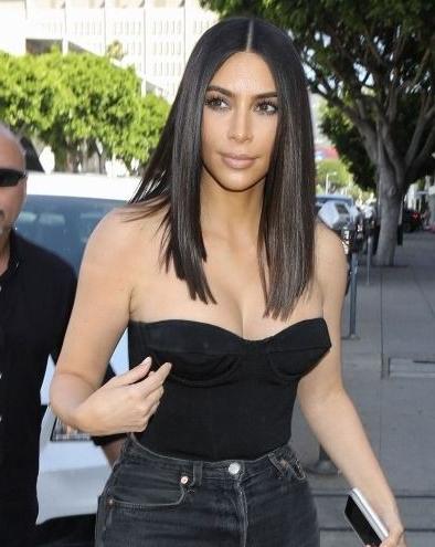 Kim Kardashian West Debuts New Short 'do The Same Day That Blac With Long Bob Hairstyles Kim Kardashian (View 14 of 25)