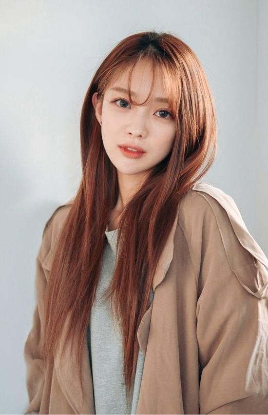 Korean Hairstyles And Fashion | Official Korean Fashion In Korean Girl Long Hairstyles (View 3 of 25)
