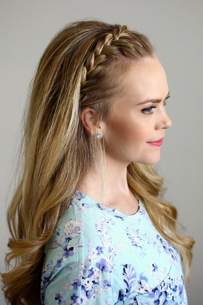Lace Headband Braid With Regard To Long Hairstyles With Headbands (View 23 of 25)