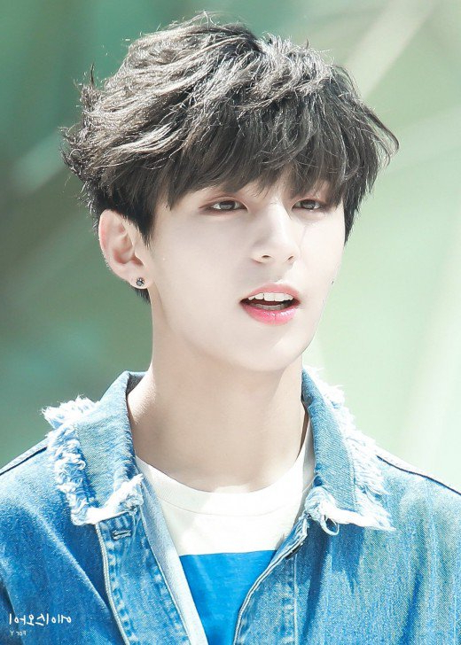 Latest Trendy Asian And Korean Hairstyles For Men 2019   Bellatory For Semi Long Hairstyles Korean (View 8 of 25)