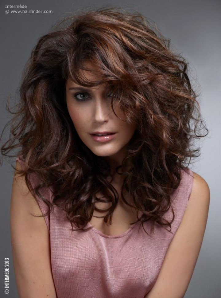 Layered Hair Volume 15 Inspirations Of Long Hairstyles That Give With Long Hairstyles That Give Volume (View 11 of 25)