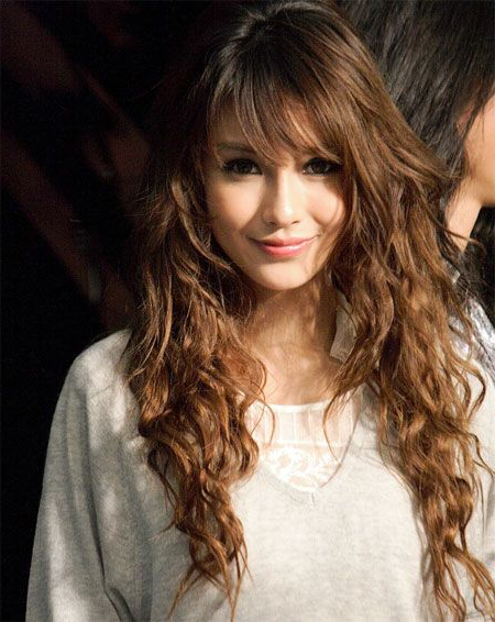 Light Brown X Permed #hairstyle :: Angelababy   Hair It Up!   Permed Pertaining To Long Permed Hairstyles With Bangs (View 9 of 25)