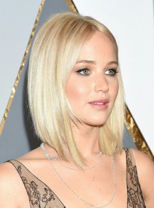Long Angled Bob.– Courtesy Of Vogue France (View 8 of 25)