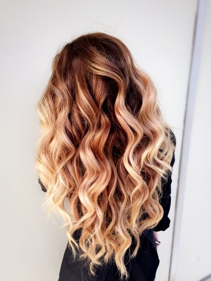 Long Beach Waves. Brunette To Golden Blonde Balayage (View 2 of 25)