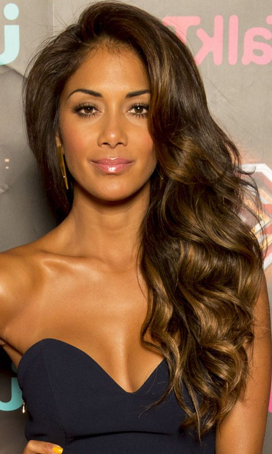 Long Hairstyles: Celebrity Styles We Love | Glamour Shots | Hair Pertaining To Long Hairstyles To One Side (View 4 of 25)