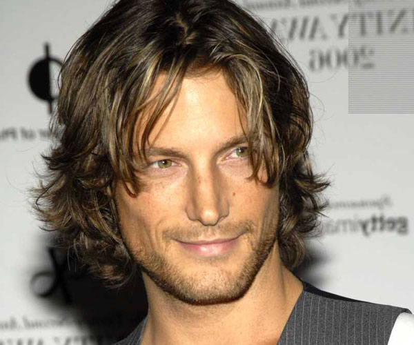 Long Hairstyles For Men: A Complete Guide | Hairstylo Within Long Jaw Hairstyles (View 13 of 25)