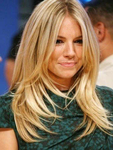 Long Hairstyles For Women With Round Faces With Regard To Long Hairstyles For Women With Round Faces (View 16 of 25)