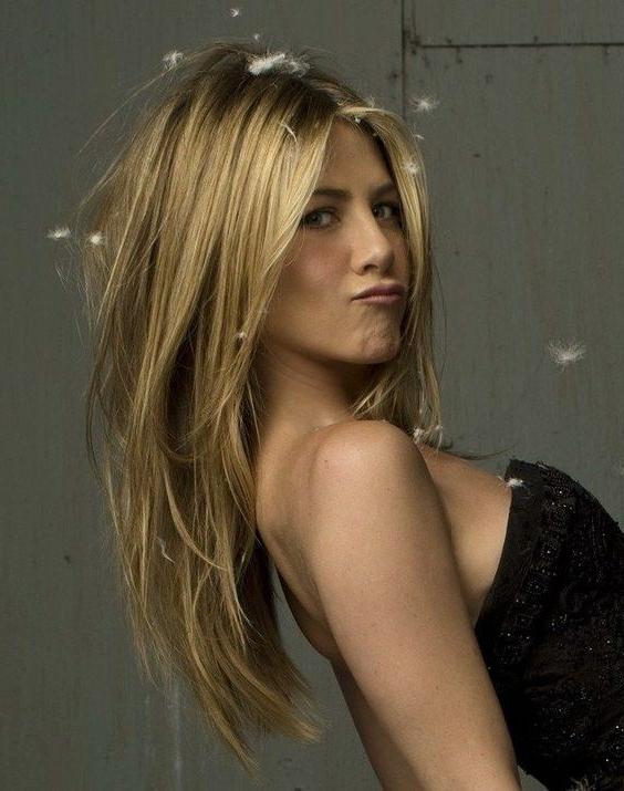 Featured Photo of Long Layered Hairstyles Jennifer Aniston