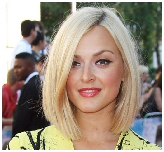 Long Layered Bob For Thick Hair – Long Hairstyles For Round Faces Inside Long Hairstyles For Thick Hair And Round Faces (View 14 of 25)