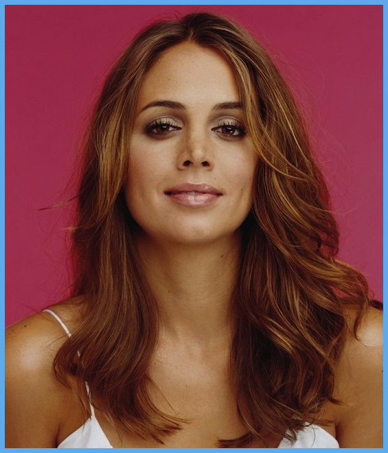 Medium Hairstyles Square Face 114450 The Best Medium Length Haircuts For Best Long Haircuts For Square Faces (View 23 of 25)