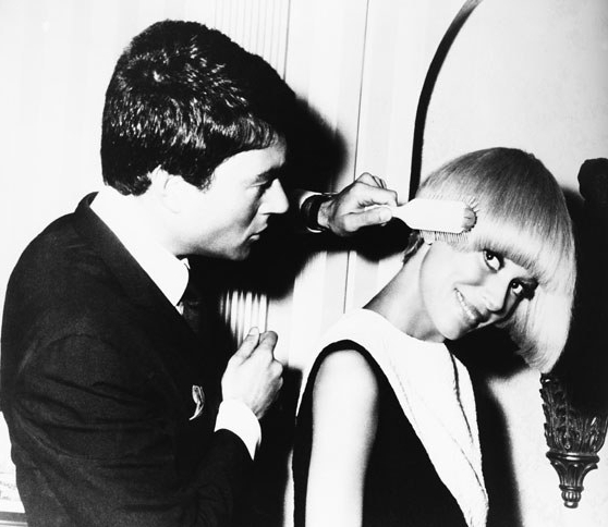 Photos: Vidal Sassoon And His Muses: The Iconic Cuts | Vanity Fair Within Vidal Sassoon Long Hairstyles (View 21 of 25)