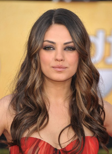 Red Carpet Hairstyles: Subtle Golden Dip Dye On Long Waves Pertaining To Long Hairstyles Red Carpet (View 15 of 25)