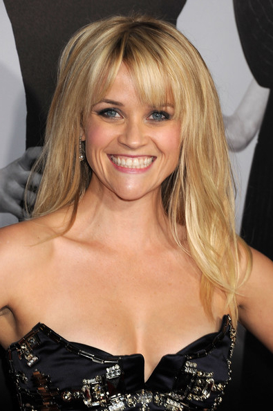 Reese Witherspoon Long Straight Cut With Bangs – Reese Witherspoon Within Long Hairstyles Reese Witherspoon (View 8 of 25)