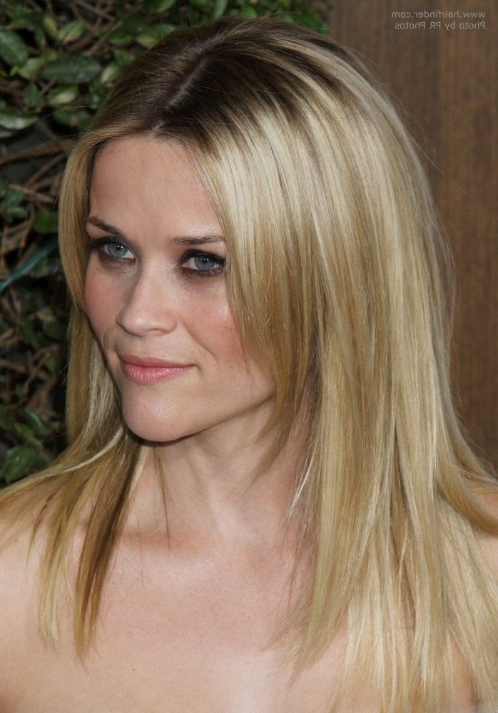 Reese Witherspoon Wearing Her Long Hair Angled Along The Sides Within Long Hairstyles Reese Witherspoon (View 15 of 25)