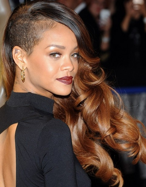Rihanna Hairstyles Gallery – 28 Rihanna Hair Pictures – Pretty Designs With Regard To Rihanna Long Hairstyles (View 2 of 25)