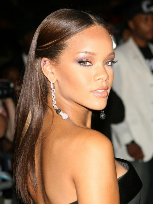 Rihanna Hairstyles Rihanna Extra Long Hairstyle – All2Need For Long Hairstyles Rihanna (View 7 of 25)