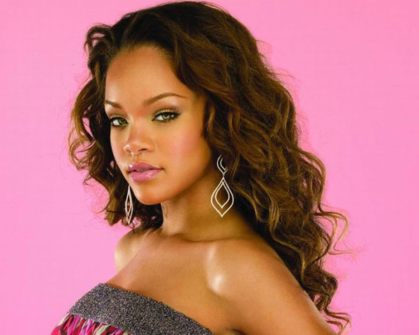Rihanna & Her Extraordinary Hairstyle Look – Design Press Intended For Rihanna Long Hairstyles (View 18 of 25)
