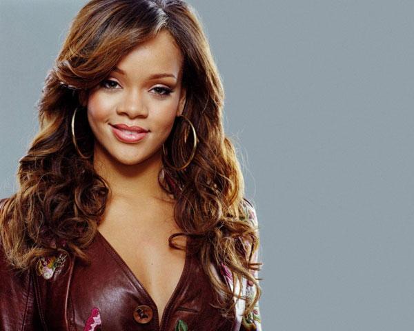 Rihanna & Her Extraordinary Hairstyle Look – Design Press Regarding Rihanna Long Hairstyles (View 14 of 25)