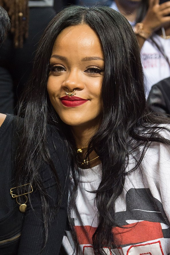 Rihanna Matte Lipstick And Ponytail Hairstyles Ss15 | Hairstyles Within Long Hairstyles Rihanna (View 20 of 25)