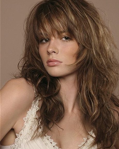 S Layered Shattered Bob Hairstyles For Pictures Of Long Shaggy Inside Long Shaggy Layers Hairstyles (View 22 of 25)