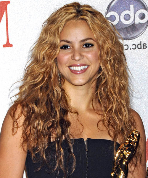 Shakira Casual Long Curly Hairstyle With Casual Hairstyles For Long Curly Hair (View 25 of 25)