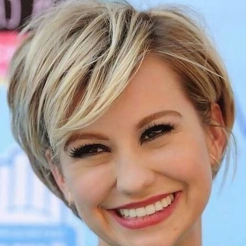 Short Haircuts For Round Faces And Thick Hair – Haircuts For Man & Women Within Long Hairstyles For Thick Hair And Round Faces (View 19 of 25)