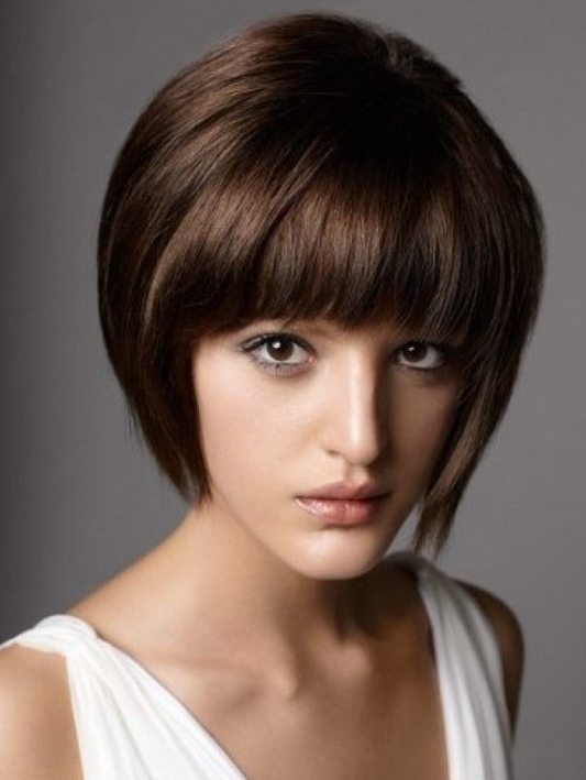 Short Haircuts With Bangs – Side Swept, Choppy & Straight Across Pertaining To Long Hairstyles With Swoop Bangs (View 13 of 25)
