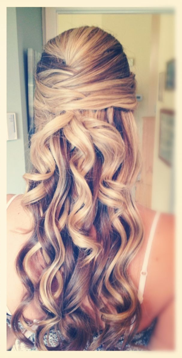 Simple And Elegant Curls For Long Hair | Beauty Wedding Bells | Hair Inside Elegant Curled Prom Hairstyles (View 22 of 25)