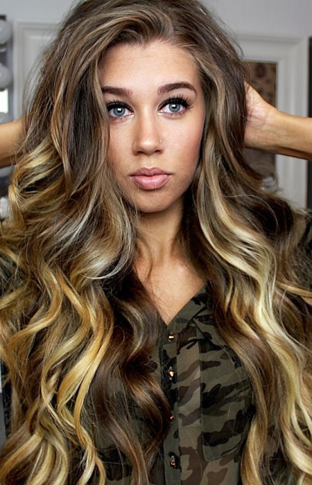 Stunning Wavy Hairstyle Ideas | Haircuts, Hairstyles 2019 And Hair With Regard To Long Waves Hairstyles (View 20 of 25)