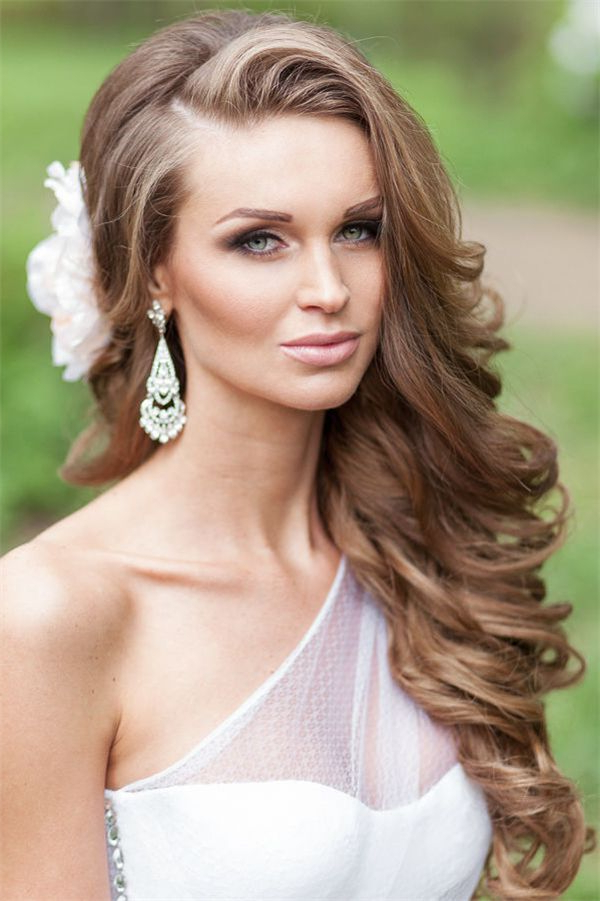 Style Ideas: 20 Modern Bridal Hairstyles For Long Hair | Wedding In Brides Long Hairstyles (View 3 of 25)
