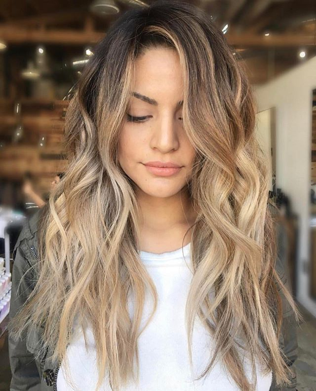 Summer Style: Beach Wavy Hairstyles | Hairdrome Pertaining To Long Hairstyles Beach Waves (View 5 of 25)