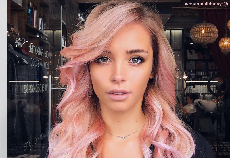 The 13 Most Flattering Hairstyles For Oval Faces In 2019 Pertaining To Long Hairstyles For Oval Faces And Fine Hair (View 20 of 25)
