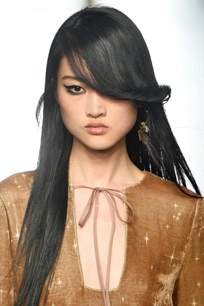 The Best Long Hairstyles For Round Faces For Long Hairstyles With Side Bangs For Round Faces (View 20 of 25)