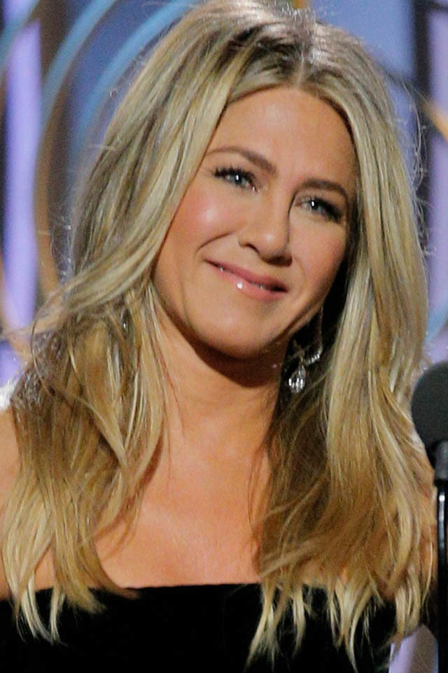 These Are The Hair Tricks Celebrities Do To Look Younger Within Long Hairstyles Look Younger (View 19 of 25)
