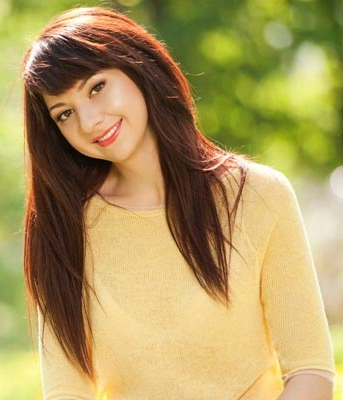 Top 25 Hairstyles For Fat Faces Of Women To Look Slim   Styles At Life Within Haircuts For Chubby Face Long Hair (View 20 of 25)