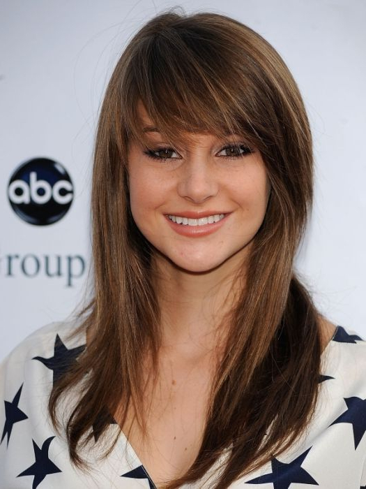 Top 30 Medium Length Layered Hairstyles Perfect For Lack Of Time! For Long Length Hairstyles With Fringe (View 19 of 25)