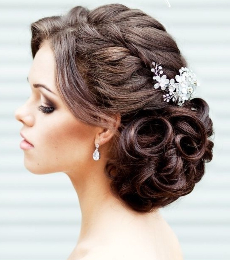 Trending – Find The Perfect Wedding Hairstyle With Long Hairstyles Updos For Wedding (View 15 of 25)