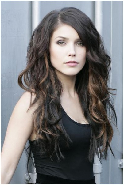 Trendy, Long Hairstyles For Side Bangs: Wavy Haircuts For Girls And Pertaining To Long Hairstyles Wavy (View 13 of 25)